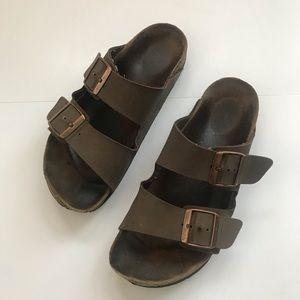 Birkenstock's women's brown leather sandals size38
